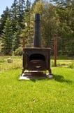 木灼烧的火炉 库存照片