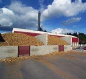 木生物燃料工厂次幂烟窗的存贮 库存图片