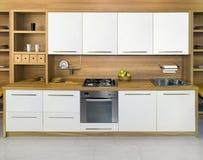 木的厨房 免版税库存照片