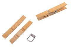 木的晒衣夹 免版税库存图片