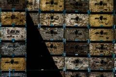 木的条板箱 免版税库存照片