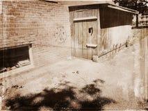 木的棚子 免版税库存照片