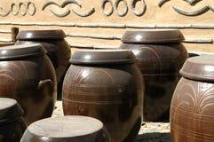 木的瓦器 免版税库存图片