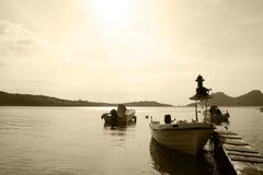 木的码头 免版税库存照片