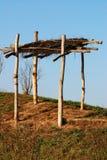 木的简陋小木屋 库存图片