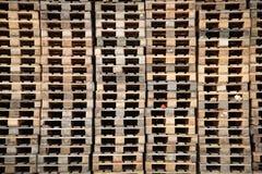 木的货盘 免版税库存照片