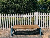 木的长凳 库存照片