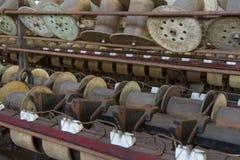 木短管轴和片盘 库存图片