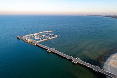 木码头在索波特,波兰 鸟瞰图 库存图片