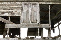 木窗口腐朽 免版税库存图片