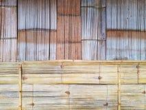 木竹墙壁背景 免版税库存照片