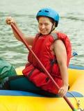 木筏用筏子运送 库存图片