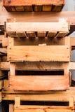 木箱堆背景纹理 免版税库存照片