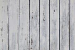木篱芭或墙壁的水平的零件有老bladdered灰色的 图库摄影