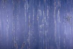 木纹理背景 老木纹理的表面 委员会在深蓝被绘 免版税库存图片