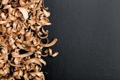 木背景的削片 免版税库存图片