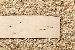 木背景的削片 免版税库存照片