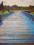 木蓝色的桥梁 库存照片