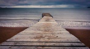 木蓝色码头海运的星期日 免版税库存照片