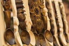 木被雕刻的匙子 库存图片
