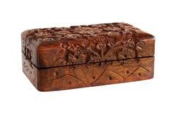 木被雕刻的手工制造小箱 免版税库存图片