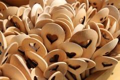 木被雕刻的木匙子 免版税图库摄影
