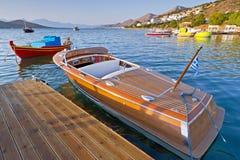 木速度小船在希腊 免版税图库摄影