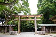 木门寺庙,美济礁津沽寺庙Torii门户在Centr 库存照片