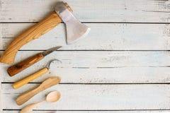 木雕刻师` s仪器 库存照片