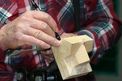 木雕家 免版税库存照片