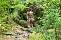 木雕象在一个森林露天博物馆在Vydrovo 库存照片