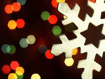 以木雪花的形式圣诞节装饰 免版税库存图片