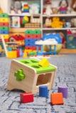 木颜色玩具 整理者 免版税库存图片