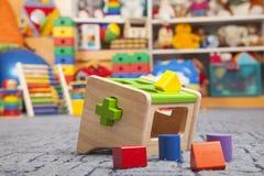 木颜色玩具 整理者 图库摄影