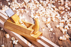 木飞机和建筑材料 免版税库存照片