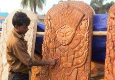 木头做了女神杜尔加,公平印地安的工艺品 库存图片