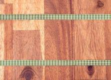 木头和磁带 库存照片