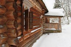 木绝密房子的葡萄酒 库存图片