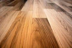 木头的董事会接近的地板被碾压的纹理 免版税库存照片