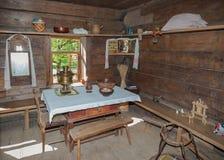 木建筑学Vitoslavlitsy博物馆的内部  库存图片