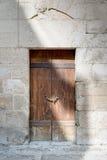 木年迈的门和石墙,开罗,埃及 免版税库存图片