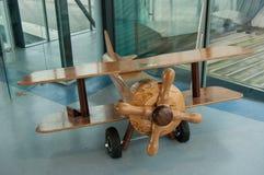 木头飞机  免版税库存照片