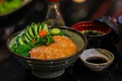未加工和新鲜的生鱼片鱼肉-日本食物样式 免版税库存图片