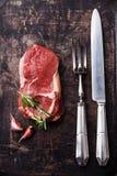 未加工的新鲜的肉Ribeye牛排 免版税图库摄影