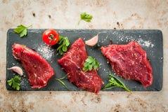 未加工的牛肉肉里脊肉 免版税库存图片