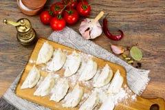 未加工的自创饺子,俄语Pelmeni 库存图片