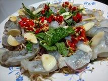 未加工的虾用辣调味汁 库存照片