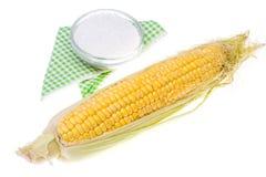 未加工的被剥皮的玉米棒子 免版税库存图片