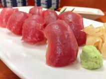 未加工的鲜鱼日本人寿司 免版税图库摄影
