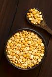 未加工的黄色分裂豌豆 库存图片
